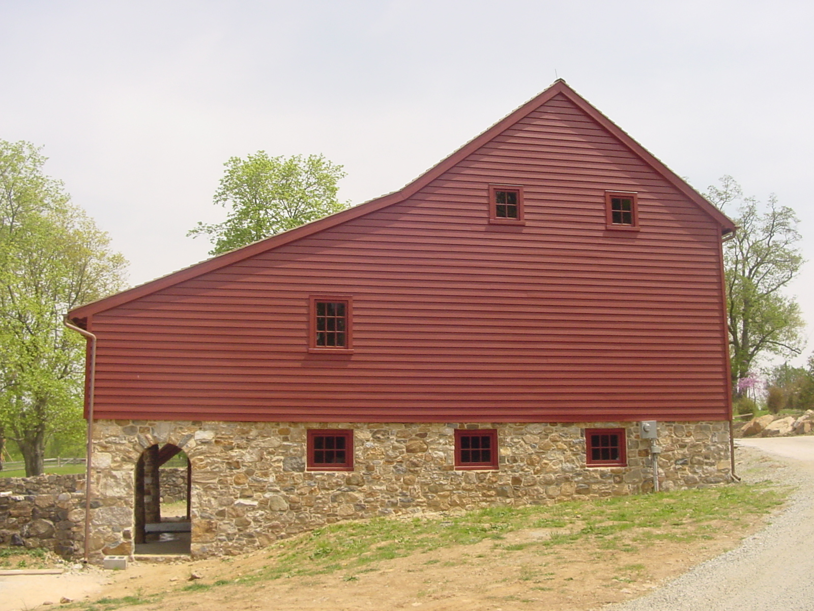 Luxury Barn Builders Newtown Square Pa